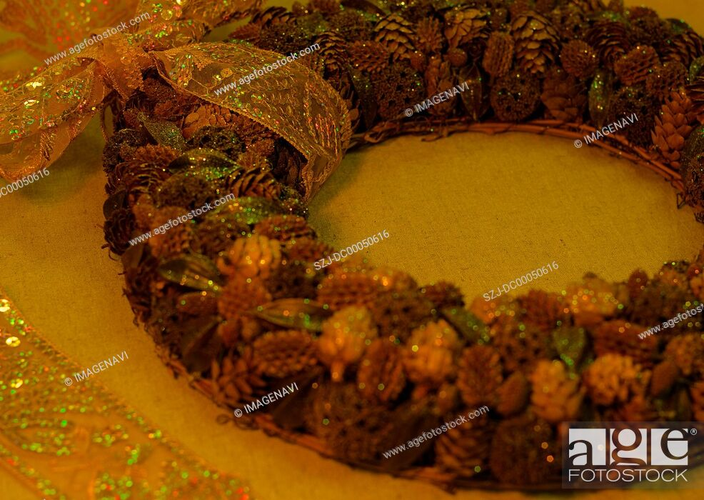 Stock Photo: Wreath made of nuts.