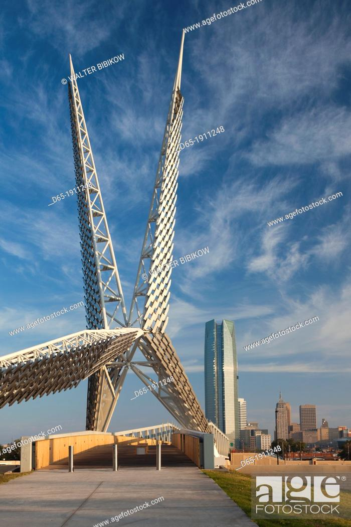 Stock Photo: USA, Oklahoma, Oklahoma City, Skydance Footbridge over highway I-40, built 2012, morning.