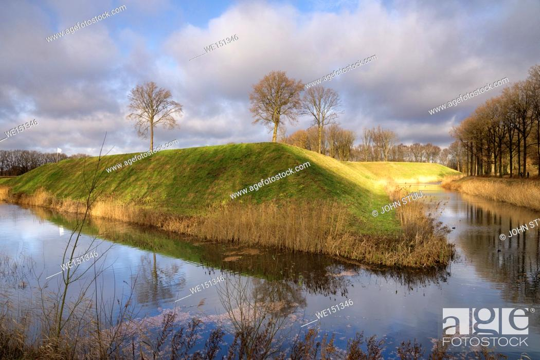 Photo de stock: Fortress the Roovere is part of the West Brabant Waterline near the Dutch village Halsteren.