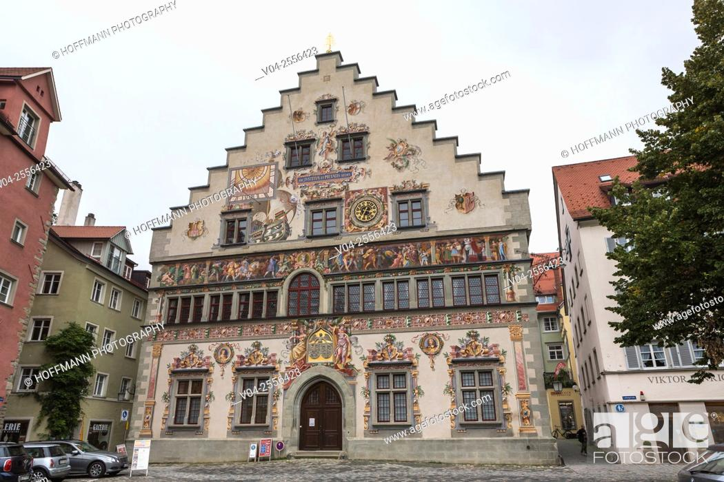Imagen: The beautiful historic Old Town Hall in Lindau, Bavaria, Germany, Europe.