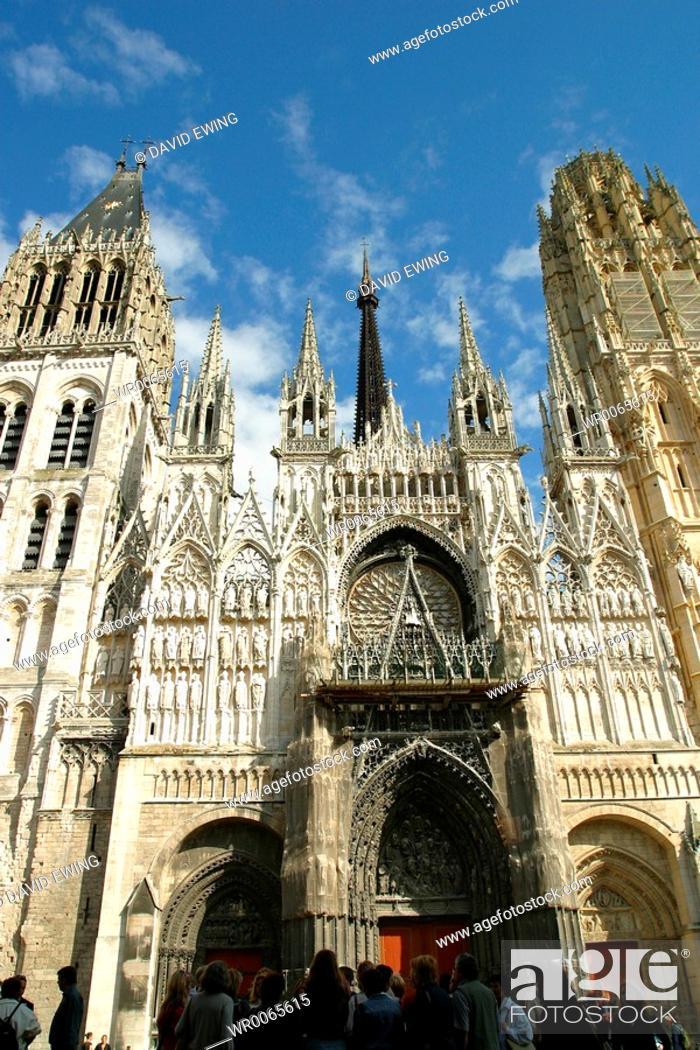 Stock Photo: Cathedrale De Notre Dame De Paris.