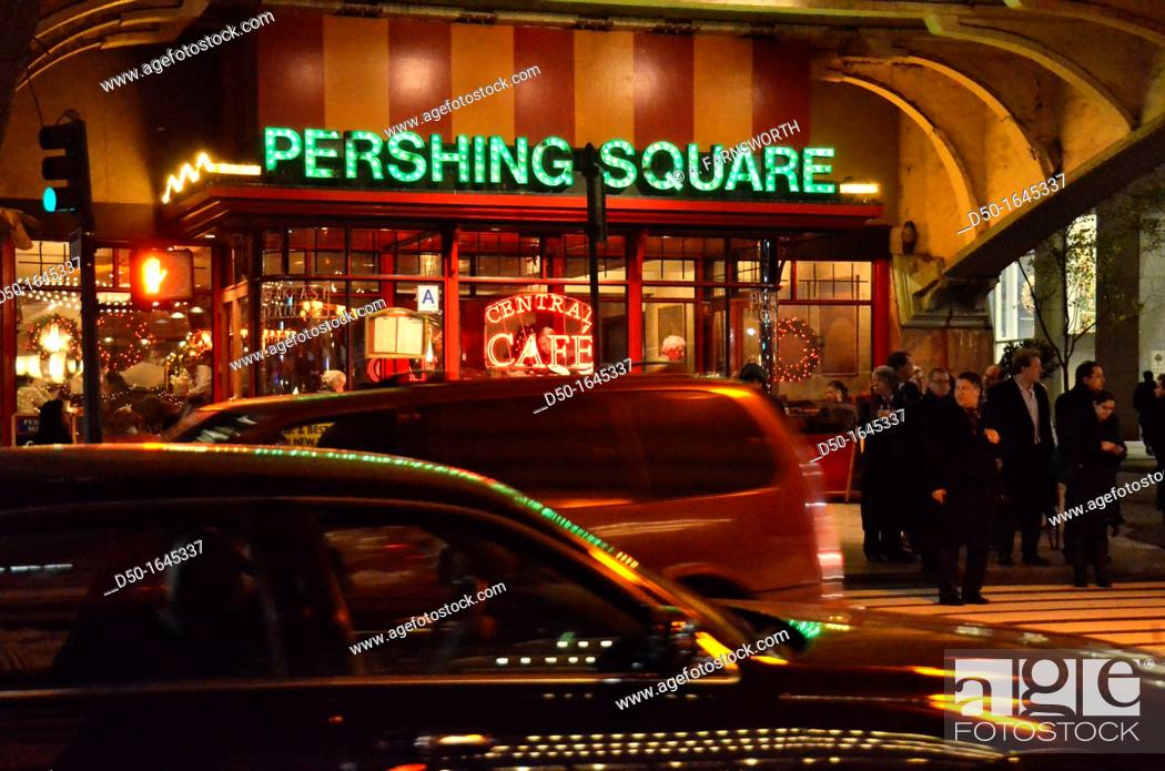 Stock Photo: Pershing Square outside Grand Central Terminal, New York City, USA.