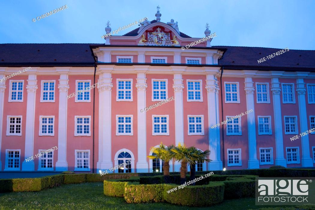 Stock Photo: Neues Schloss, New Castle and Castle Gardens in the evening light, Meersburg, Lake Constance, Baden-Wuerttemberg, Germany, Europe.