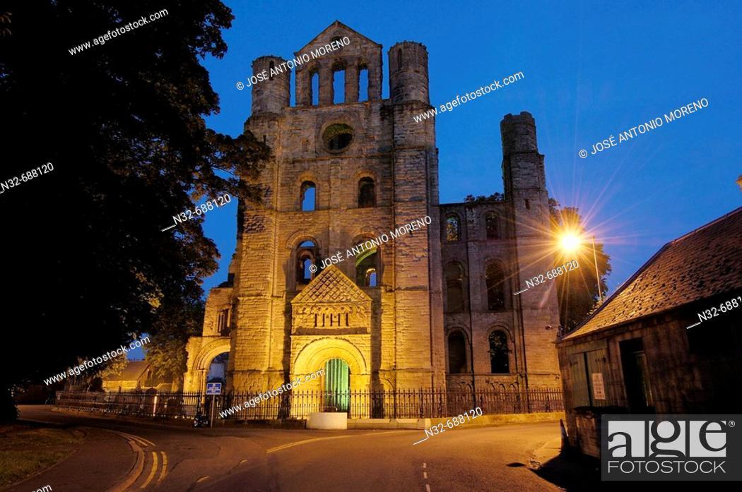 Stock Photo: Kelso Abbey at dusk. Scottish Borders, Scotland, UK.