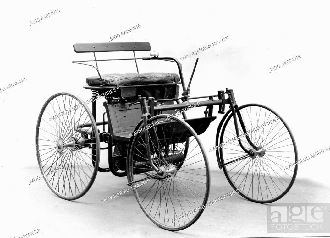 Gottlieb Daimler's motorized carriage  A motorized