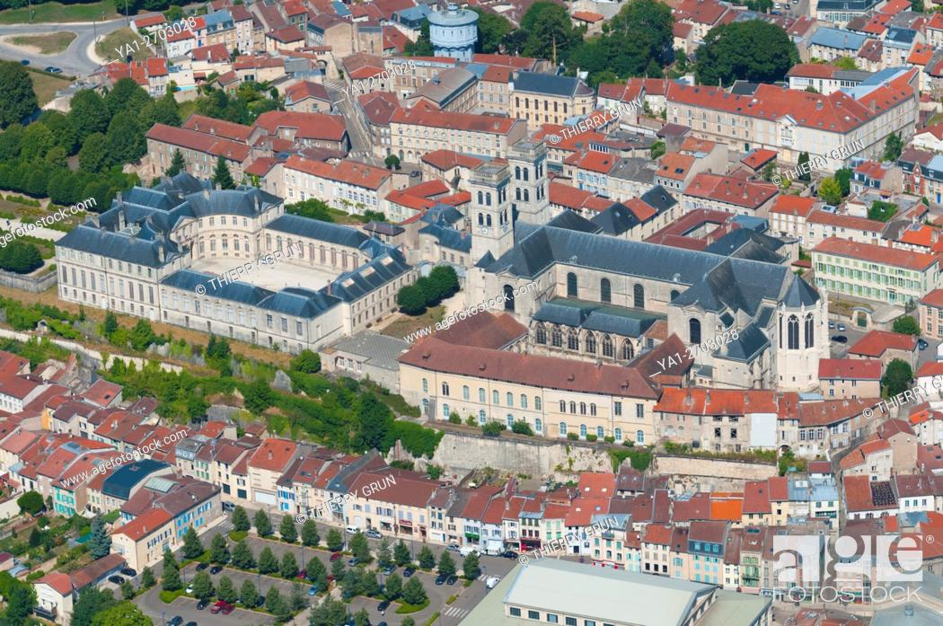 Stock Photo: France, Meuse (55), Verdun town, Episcopal palace housing Worldewide Center of Peace and Notre Dame de Verdun cathedral (aerial view).