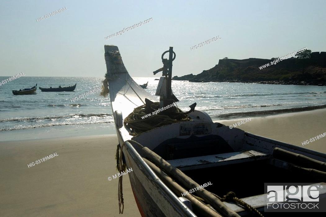 Stock Photo: FISHING BOATS IN BEACH NEAR BEKAL FORT, KANJANGAD/KANHANGAD, KASARAGOD DIST.