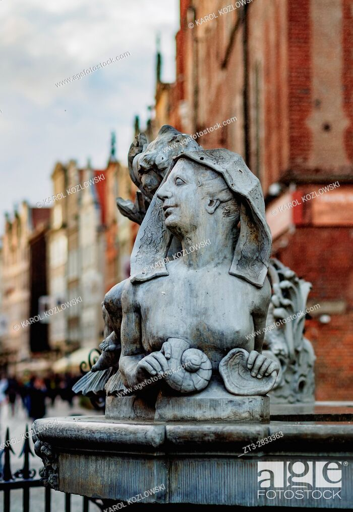 Stock Photo: Poland, Pomeranian Voivodeship, Gdansk, Old Town, Sculpture on the Long Market.
