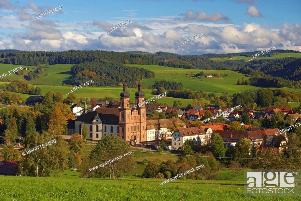Stock Photo: View of the village of St Peter with abbey, Autumn, Southern Part of Black Forest, Black Forest, Baden-Wuerttemberg, Germany, Europe.