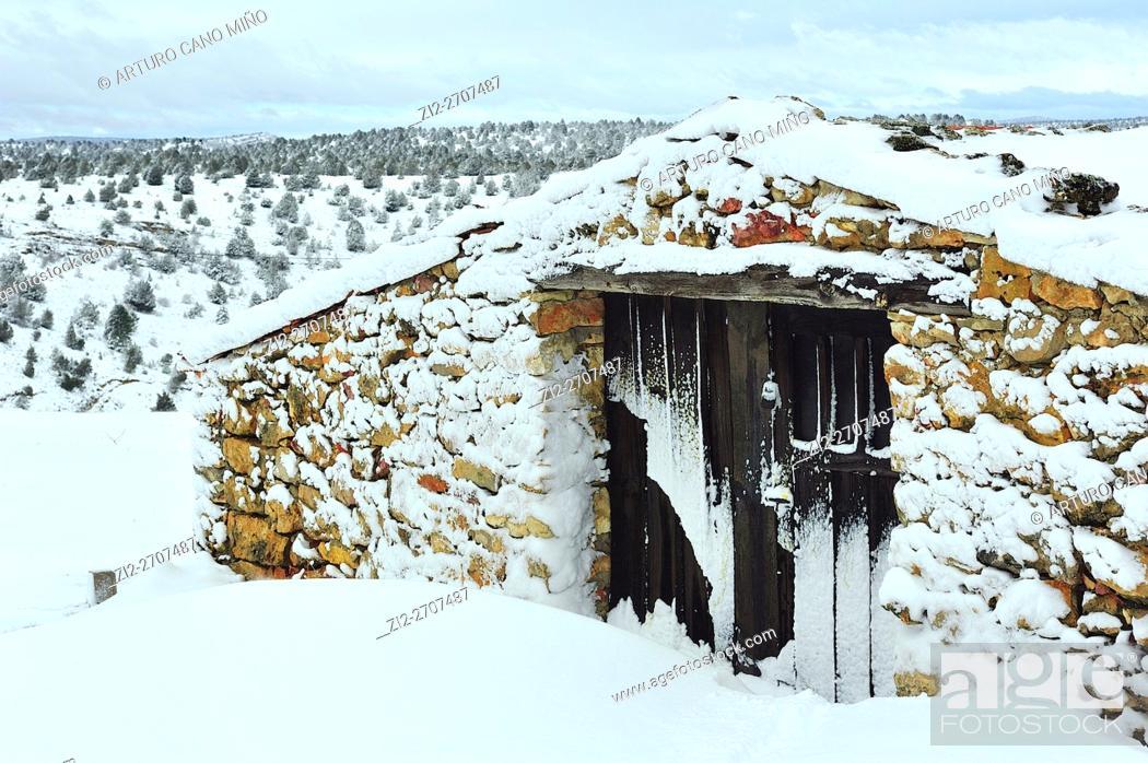 Stock Photo: Winter. Huertahernando, Guadalajara province, Spain.