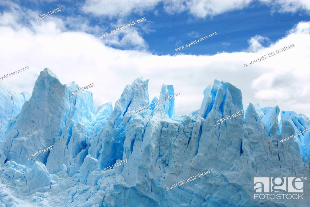Stock Photo: Front of the glacier Perito Moreno Argentina.