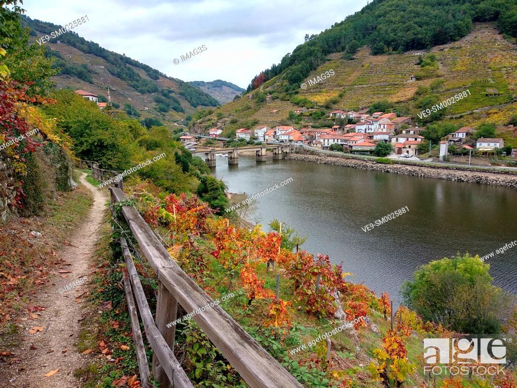Stock Photo: Belesar village, Chantada municipality, Ribeira Sacra, Lugo, Spain.
