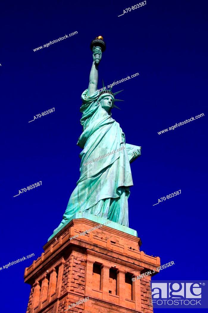 Stock Photo: USA, New York City, Statue of Liberty.