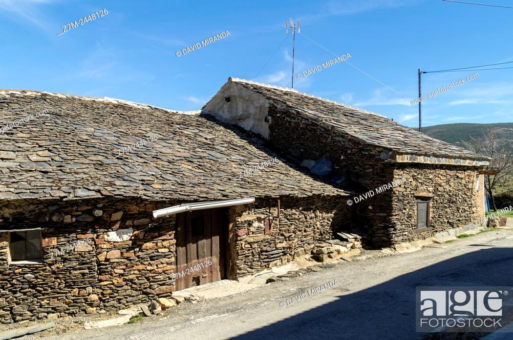 Stock Photo: El Muyo. Pueblo negro de pizarra (Black slate village). Ruta de los pueblos rojos, negros y amarillos (route of the red, black and yellow villages).