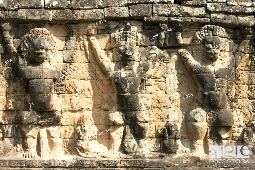 Stock Photo: Wall with garudas and lions, Terrace of the Elephants, Angkor Thom, UNESCO World Heritage Site, Siem Reap, Cambodia, Southeast Asia.