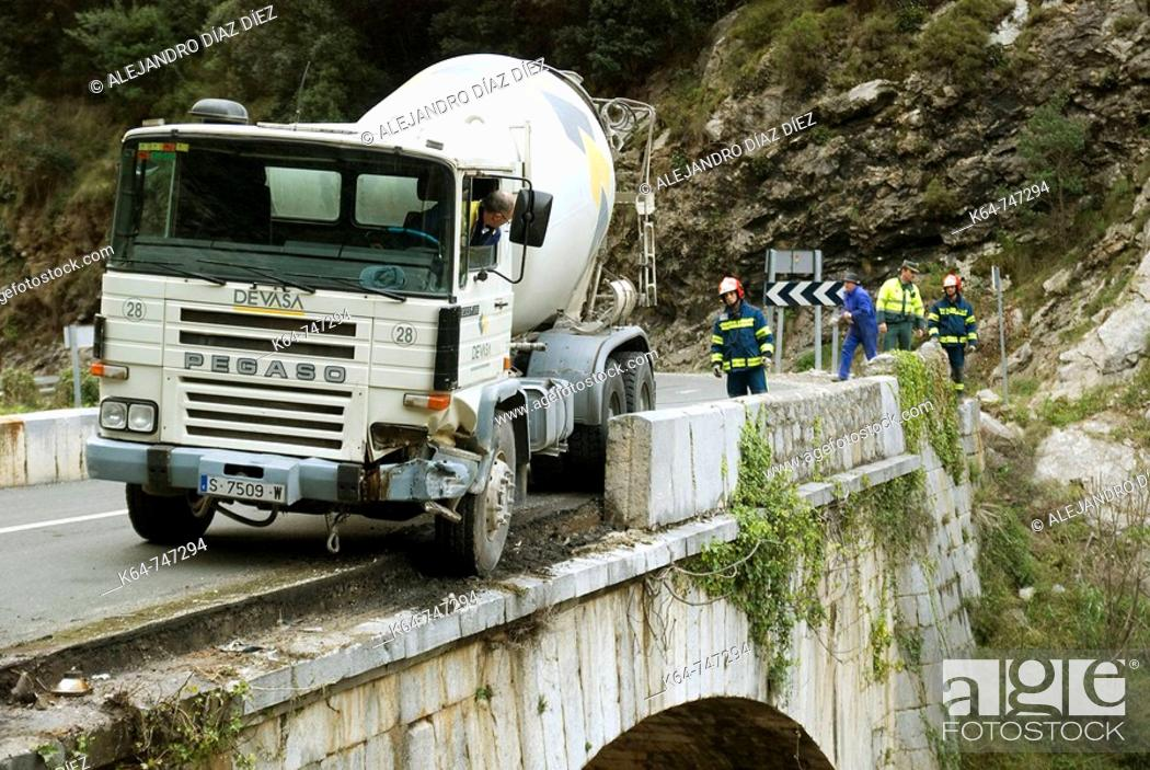 Stock Photo: Concrete mixing transport truck accident, Desfiladero de la Hermida,Cillorigo-Castro, Liébana, Cantabria, Spain.