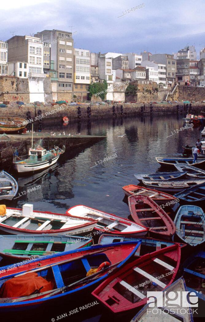 Stock Photo: Fishing port of Malpica, Costa da Morte. La Coruña province, Galicia, Spain.