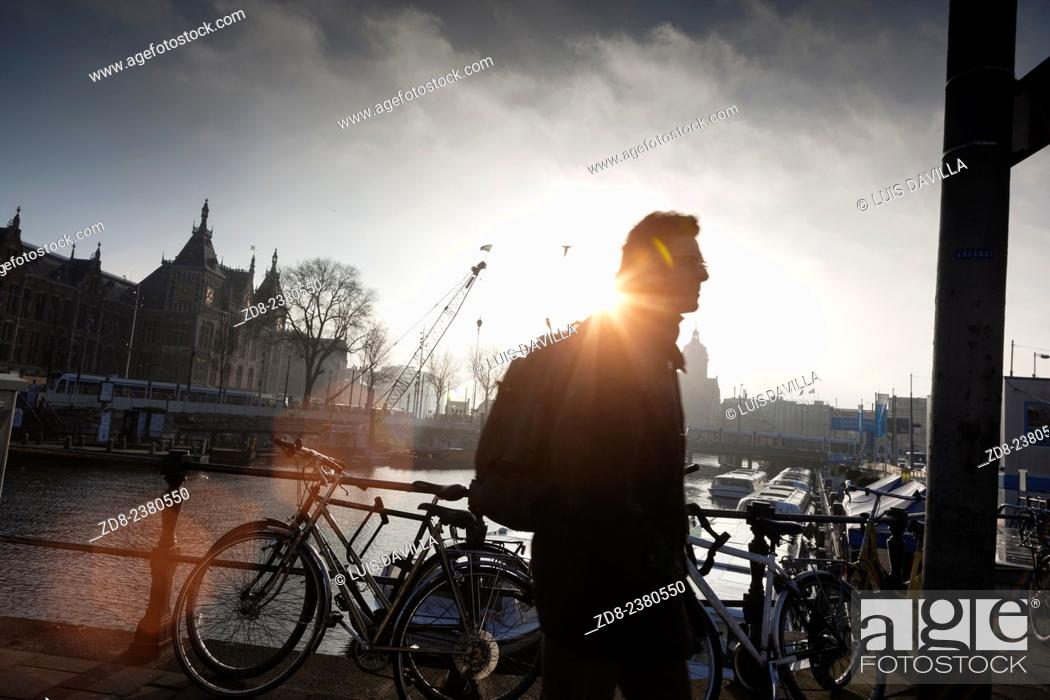 Imagen: amsterdam. central station.