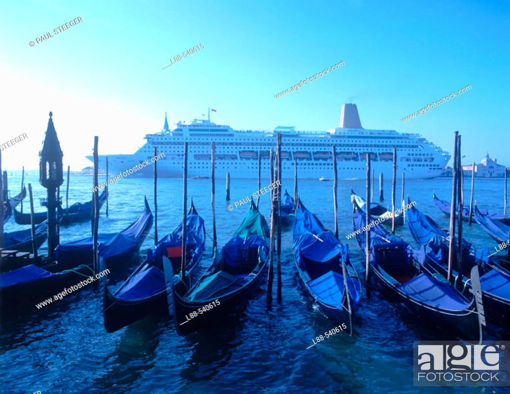 Stock Photo: Gondolas and cruise ship, Venice. Veneto, Italy.
