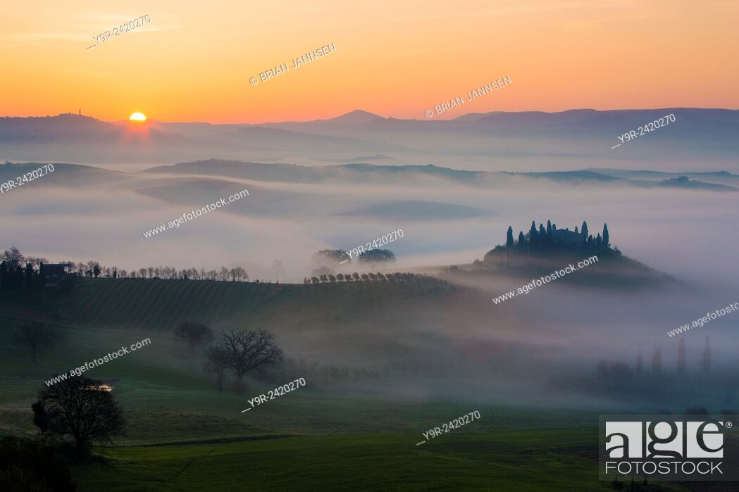 Stock Photo: Belvedere and countryside at dawn, San Quirico d'Orcia, Tuscany, Italy.