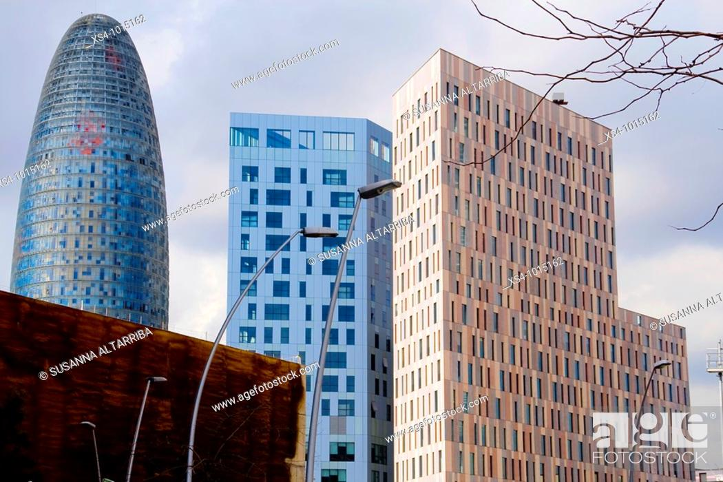 Imagen: The news buildings in Glorias place, 22@ district, Poble Nou, Barcelona, Spain, Europe.February 2010.
