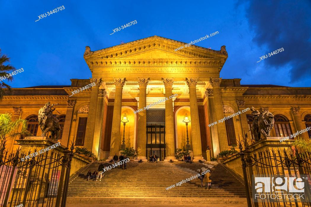 Stock Photo: opera house Teatro Massimo at dusk, Palermo, Sicily, Italy, Europe.