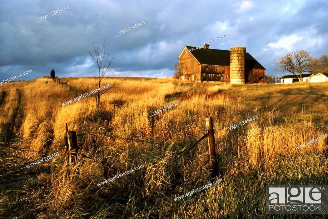 Stock Photo: Rural Landscape in Northern Illinois, USA  This barn was demolished to make way for a housing sub-division.