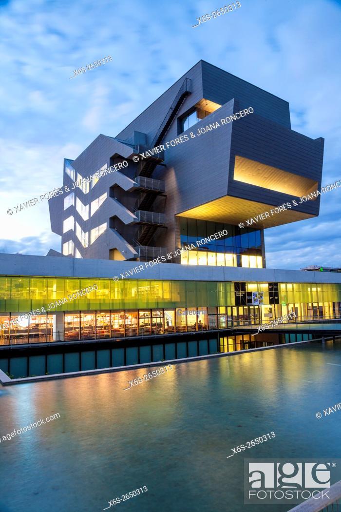 Stock Photo: Design Museum of Barcelona, Barcelona, Spain.