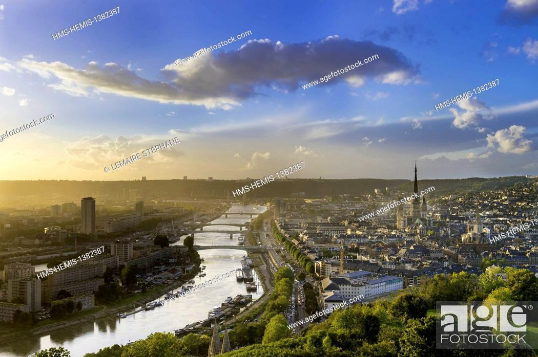 Stock Photo: France, Seine Maritime, Rouen, city center and Notre Dame Cathedral from Cote Sainte Catherine hill.