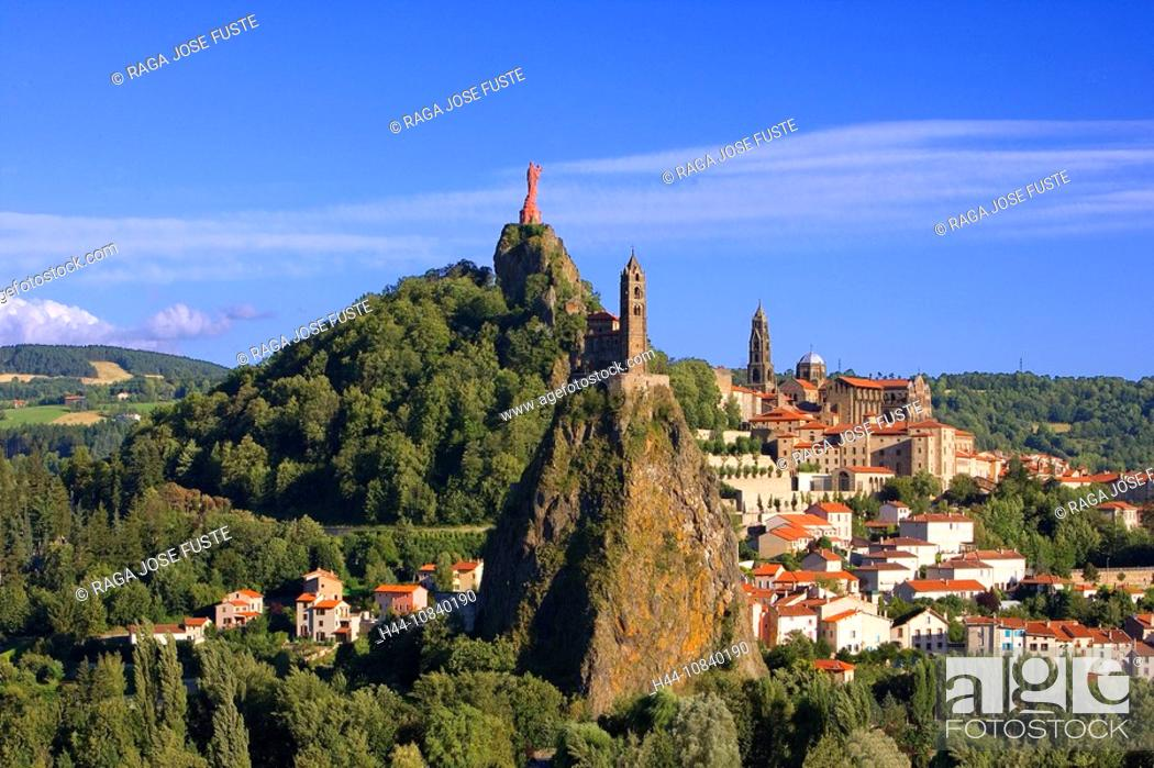 Stock Photo: France, Europe, Le Puy-en-Velay, city, town, Region Auvergne, Departement Haute-Loire, July 2007, Europe, volcanic pea.