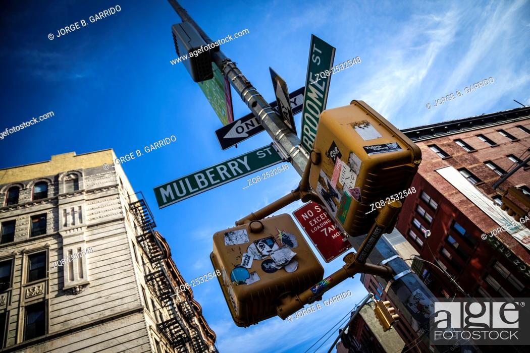 Stock Photo: Crosswalk ok sign on a Manhattan Traffic Light - New York City.