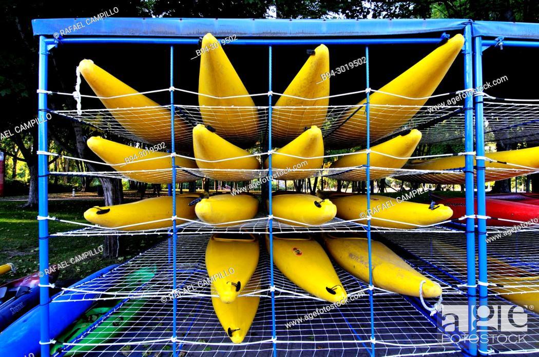 Stock Photo: Kayaks. La Seu d'Urgell waterpark. Lleida, Catalonia, Spain.