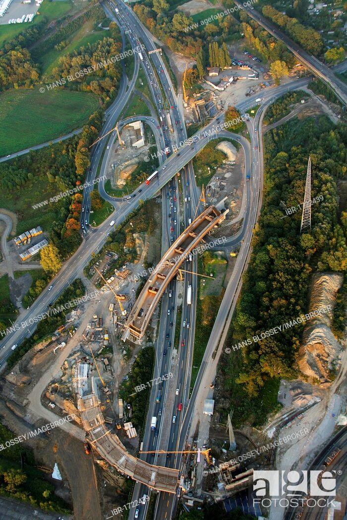 Imagen: Aerial view, bridge construction of the A40 highway, traffic jams, A40 Donetsk-ring bridge works, Bochum, Ruhr Area, North Rhine-Westphalia, Germany, Europe.