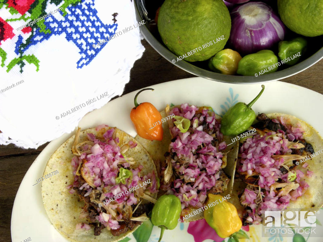 Stock Photo: Cochinita pibil tacos. Campeche. Mexico.