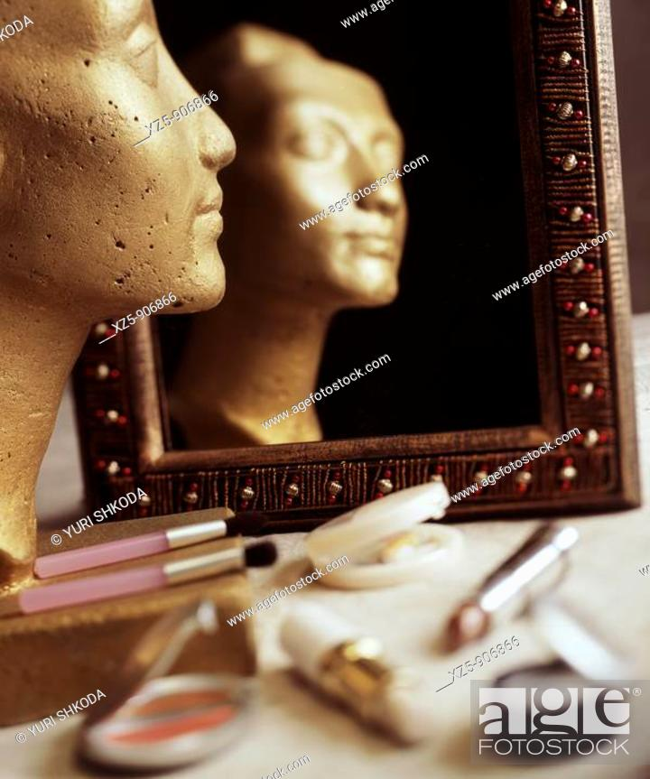Stock Photo: Reflection in mirror.