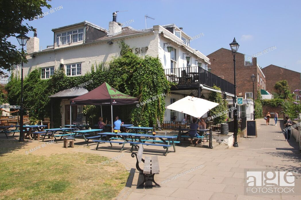Stock Photo: The Old Ship Pub Hammersmith London.