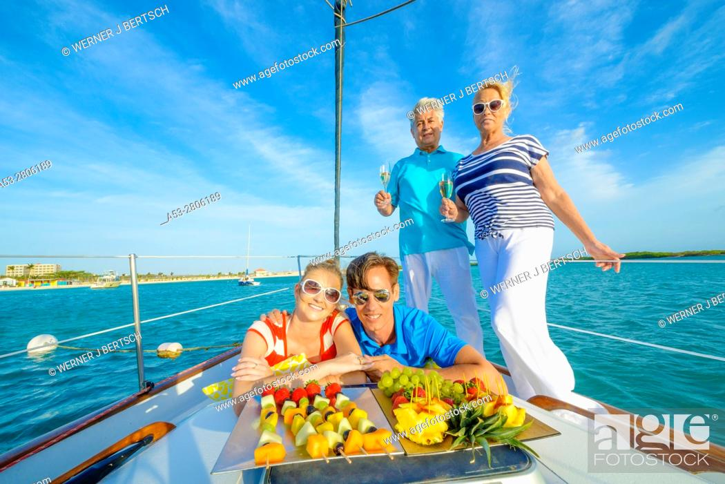 Imagen: Sailing in Aruba, Dutch Caribbean.