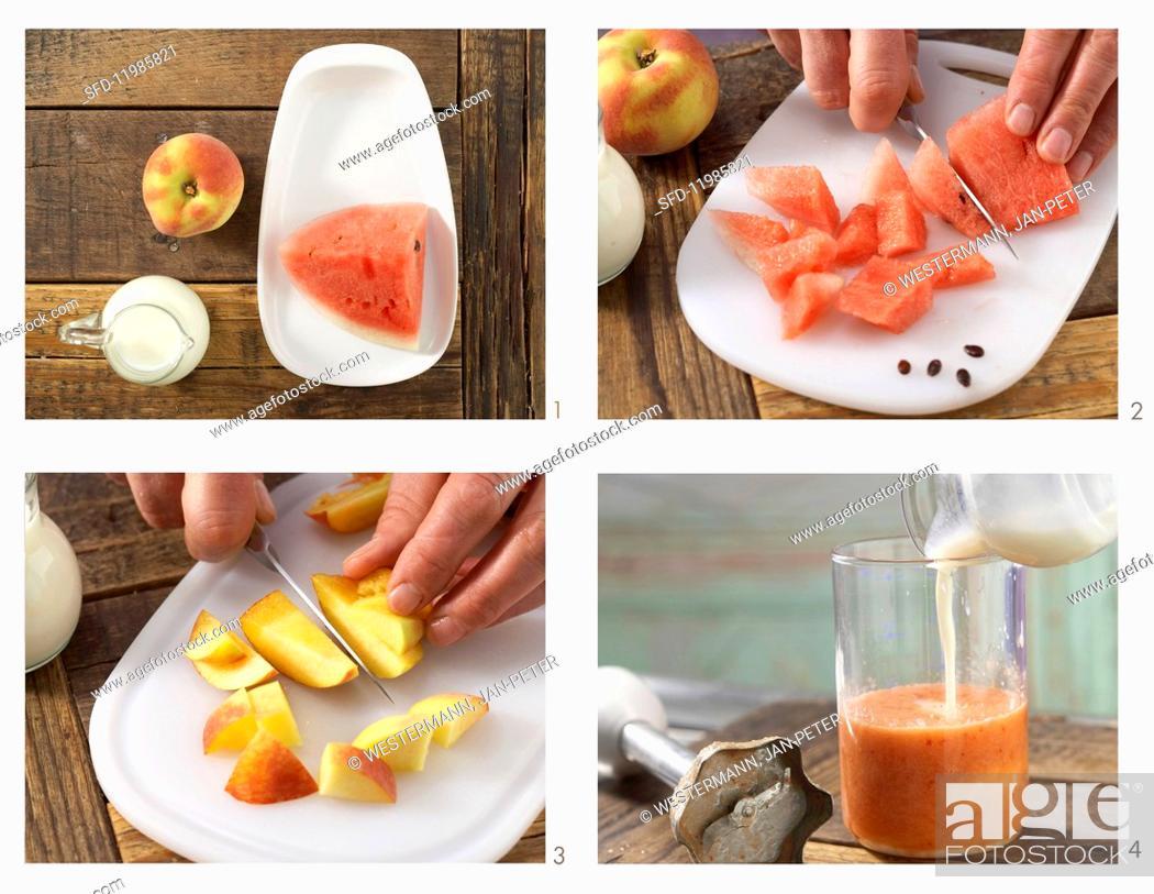 Photo de stock: How to prepare a buttermilk smoothie.