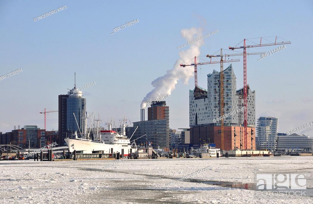 Stock Photo: Port of Hamburg in the winter, Hamburg, Germany, Europe.