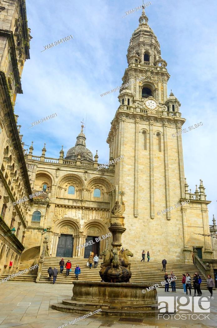 Photo de stock: Cathedral. South facade from the square of the Pratarias. Santiago de Compostela. La Coruña, Galicia, Spain, Europe.