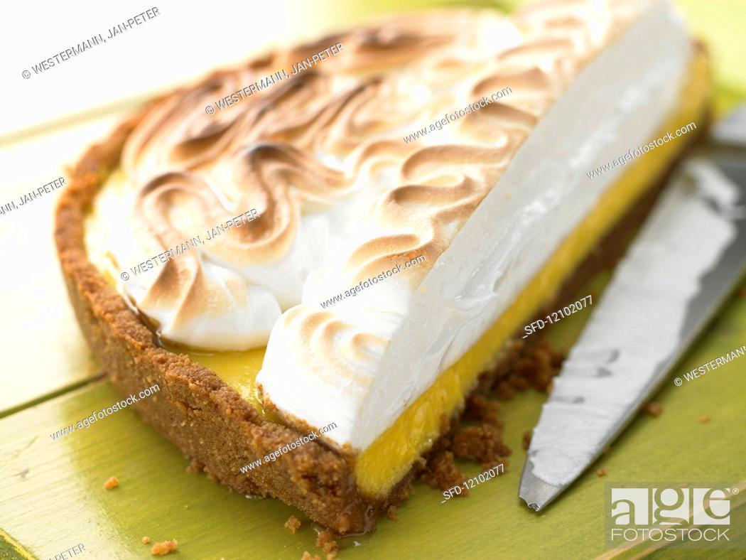 Photo de stock: Lime meringue pie.