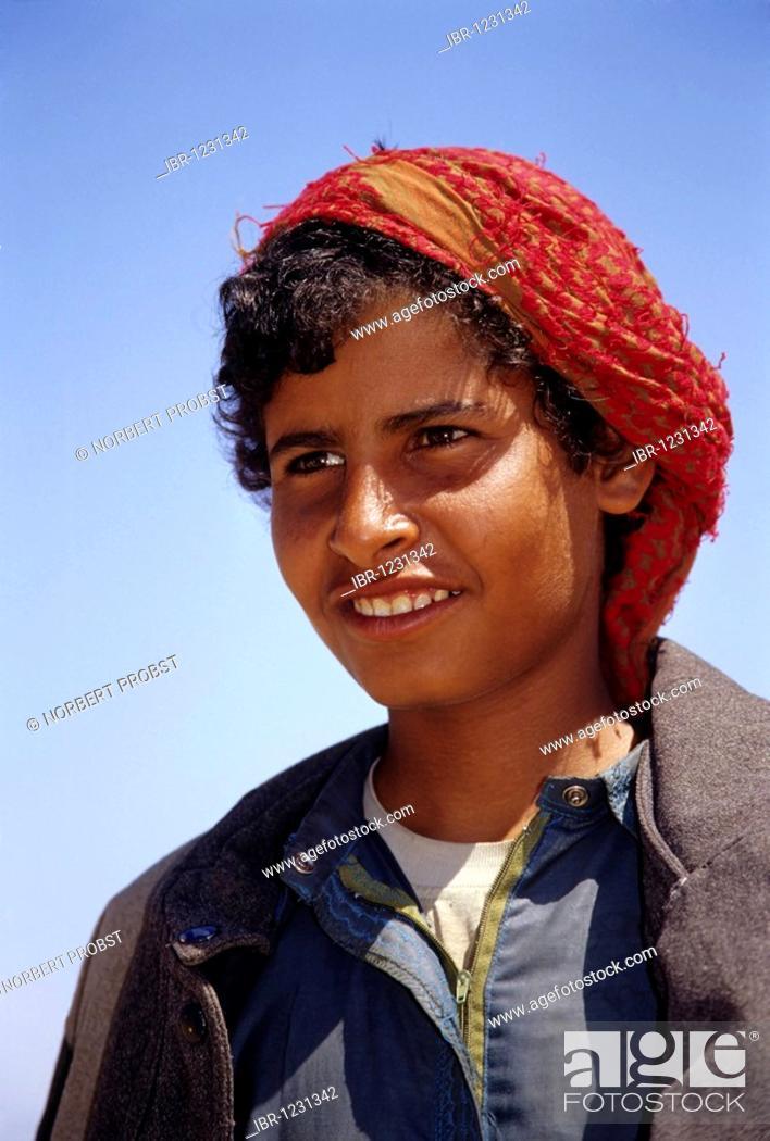 Camel shepherd, Egyptian in traditional dress, garment, portrait