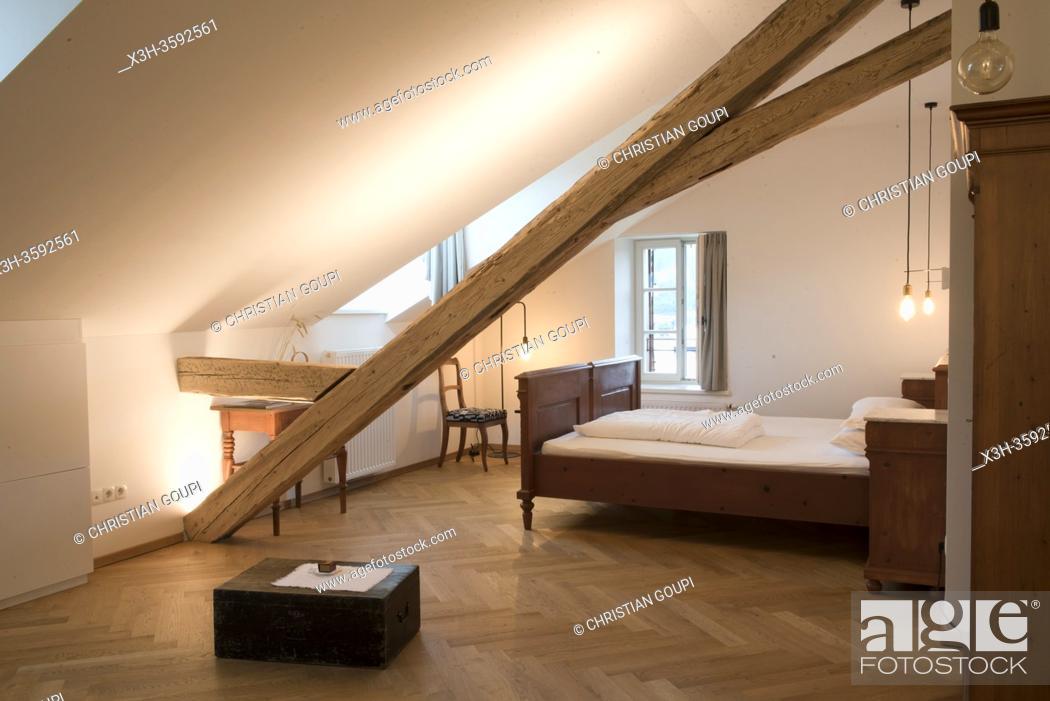Stock Photo: Niedermairhof b&b a Dietenheim / Teodone, faubourg de Brunico, Province de Bolzano, Region du Trentin-Haut-Adige, Tyrol du Sud, Italie.