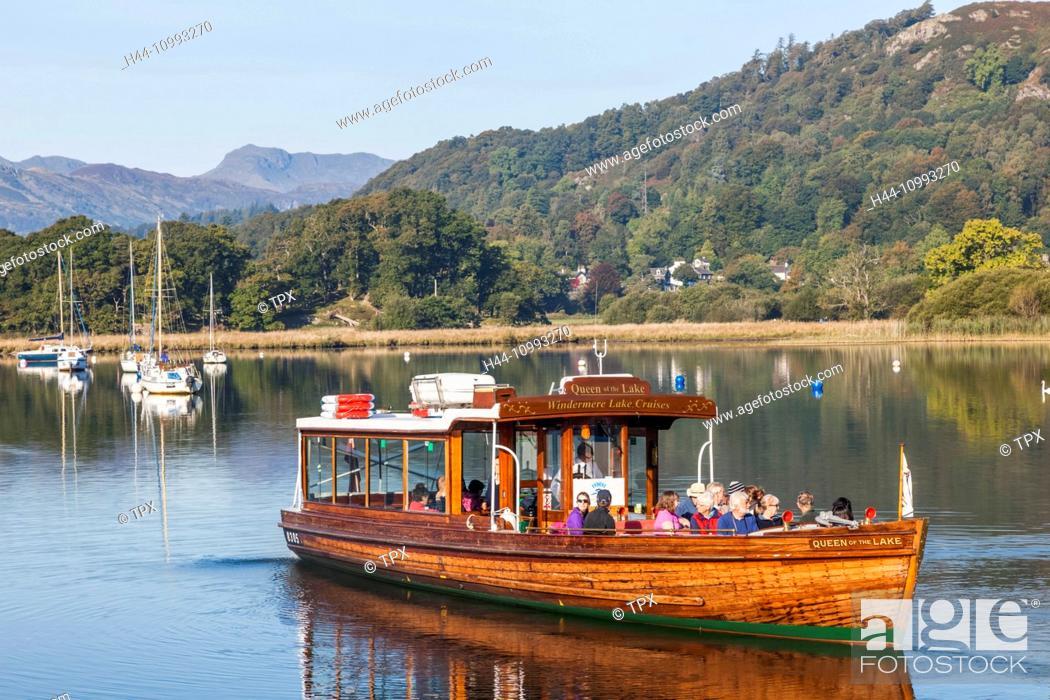 Stock Photo: England, Cumbria, Lake District, Windermere, Ambleside, Sightseeing Boat.