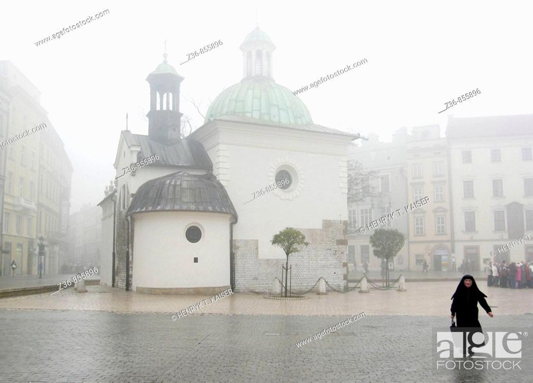 Stock Photo: Poland, Krakow, Main Market Square, St Adalbert church.