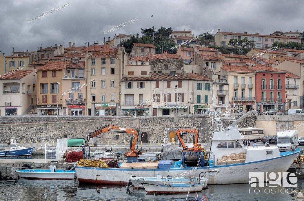 Stock Photo: Catalan village and fishing harbour.