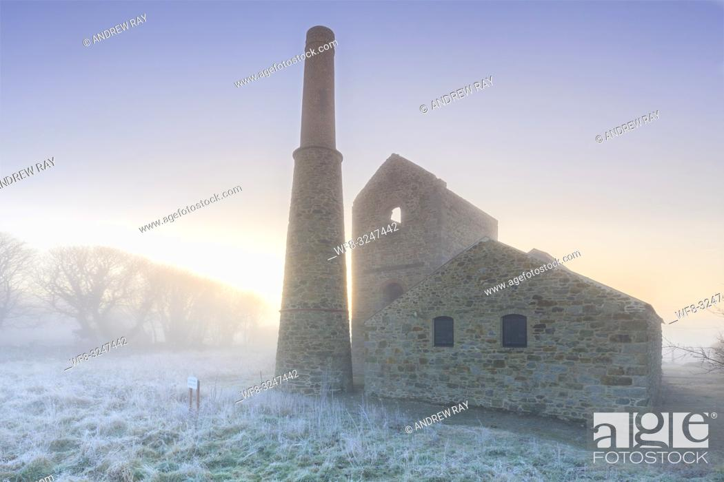 Imagen: The mining remains at Wheal Busy near Chasewater in Cornwall.