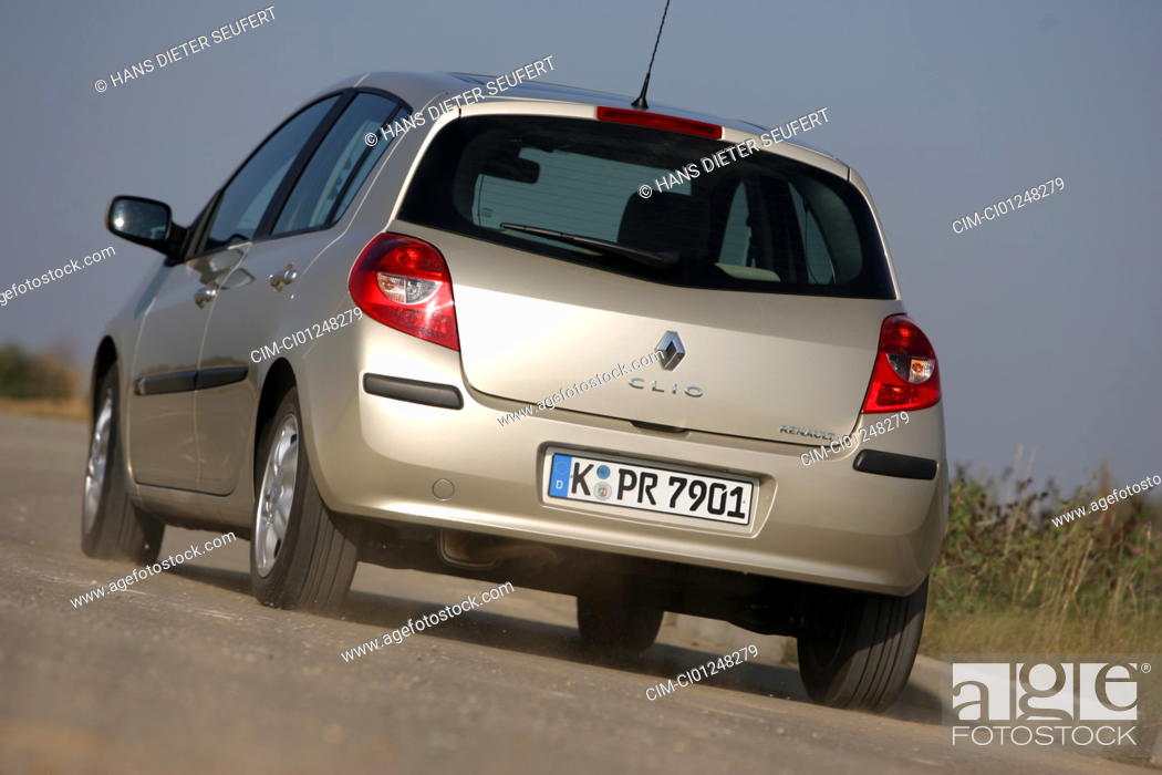 Renault Clio 1 5 Dci Model Year 2005 Driving Diagonal From The