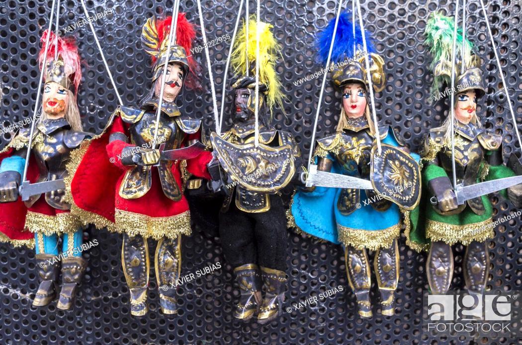 Imagen: Pupi, Sicilian puppets, Sicily, Italy.