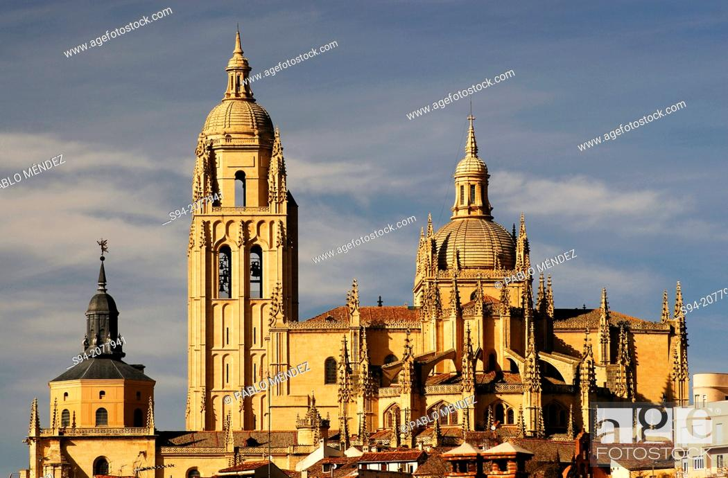 Stock Photo: Gothic cathedral of Segovia, Spain.